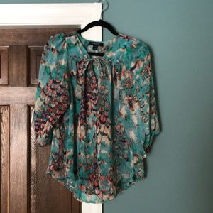 Gorgeous Nine West Sheer and Chic top!